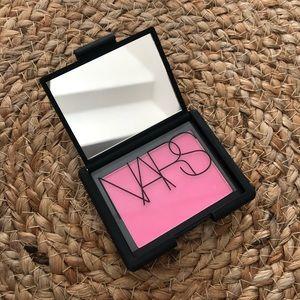 Nars blush Desire